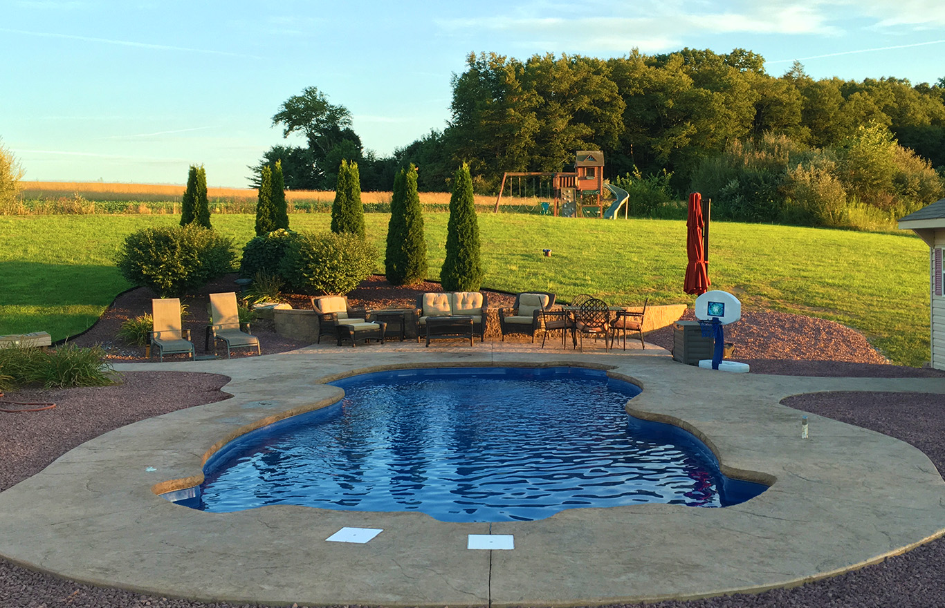 Why Fiberglass? | SwimUSA Fiberglass Swimming Pools